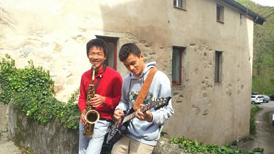 stage-musique-guitare-sax opt